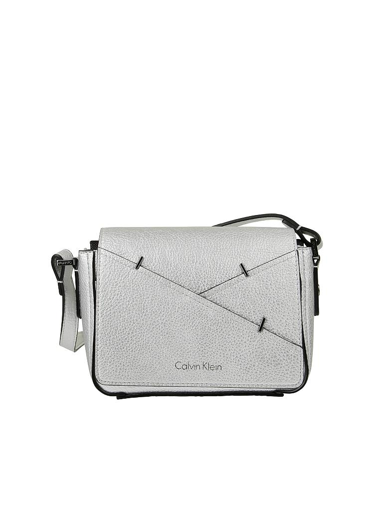 calvin klein jeans tasche crossbody silber. Black Bedroom Furniture Sets. Home Design Ideas