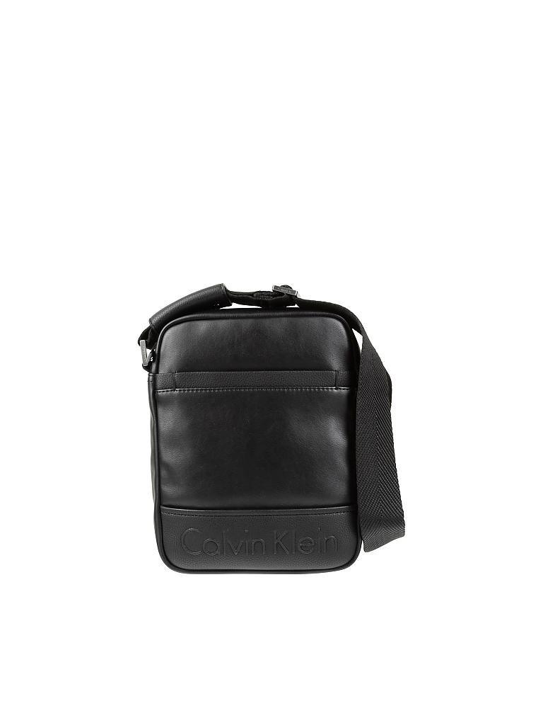 calvin klein jeans tasche reporterbag bennet schwarz. Black Bedroom Furniture Sets. Home Design Ideas
