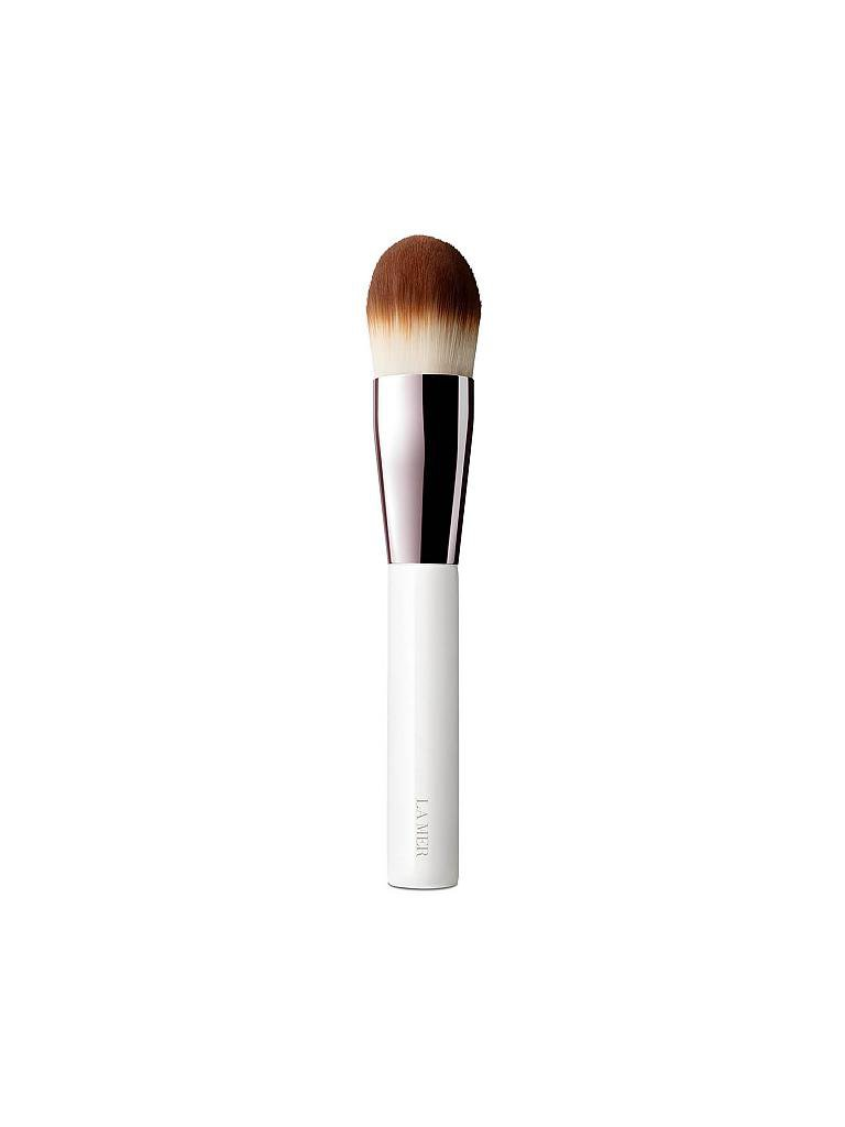 LA MER | The Foundation Brush | transparent