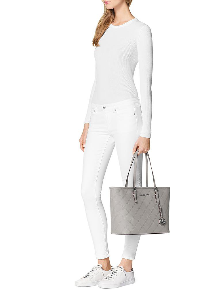 Michael Kors Jet Set Travel Grau