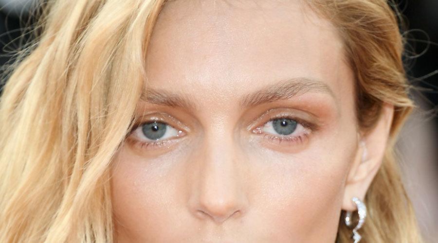 Augenbrauen natur blonde haare dunkle Blonde Haare